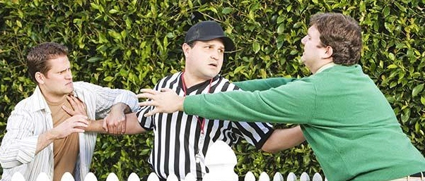 Hispanic_referee_between_arguing_neighbors_BLD042380 (2)
